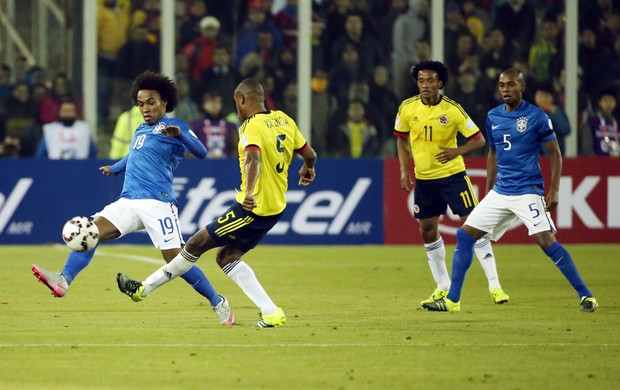 Willian Brasil Colômbia