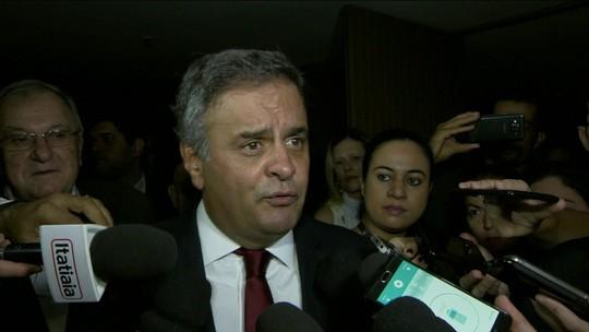 Temer almoça com Aécio, FHC e cúpula do PSDB no Alvorada