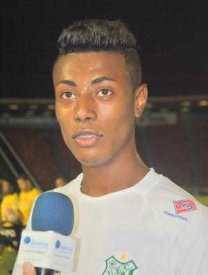 Bruno Henrique faz gol que garante vitória do Uberlândia (Foto: Cleidson Moreira)