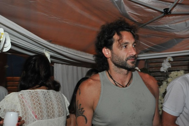 Fernanda Motta oferece festa em Jurerê com a presença de Rico Mansur (Foto: Divulgação / Cassiano de Souza)