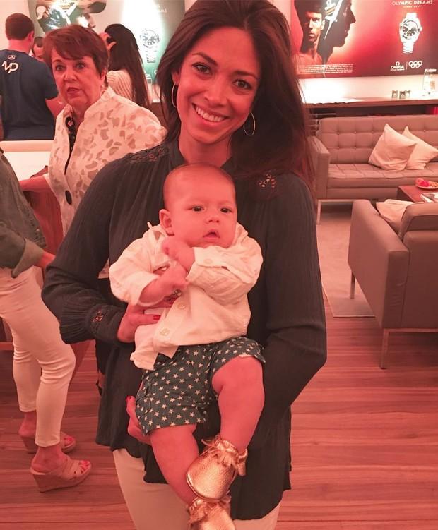 Nicole Michele Johnson e o filho, Boomer Phelps (Foto: Reprodução/Instagram)