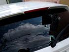 Adolescente é baleado em troca de tiros em roubo a carro em S. José