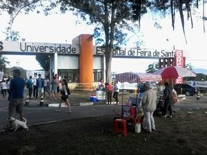 Vestibular da UEFS (Foto: Ney Silva/ Acorda Cidade)
