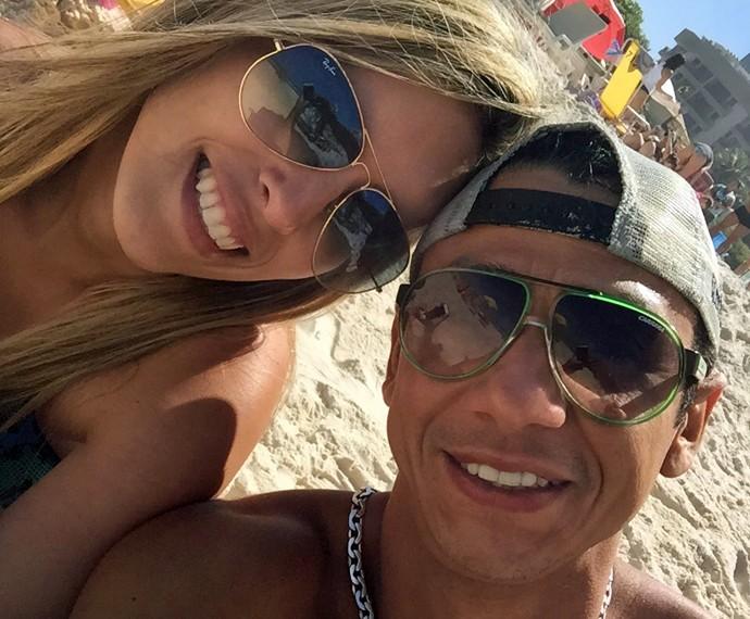 MC Leozinho ao lado da esposa (Foto: Arquivo pessoal)