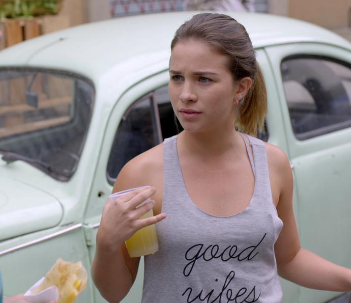 Jéssica faz mistério e não dá resposta (Foto: TV Globo)