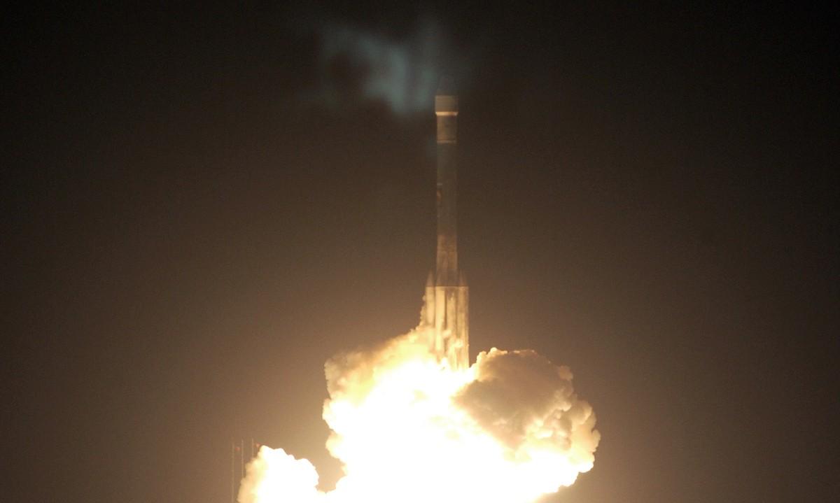 Em julho de 2003, a Nasa lançou no Cabo Canaveral o foguete que levou o veículo Opportunity a Marte (Foto: Divulgação/Nasa)
