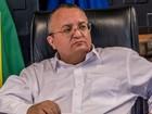 Governador de Mato Grosso passa mal no feriado e vai parar em hospital
