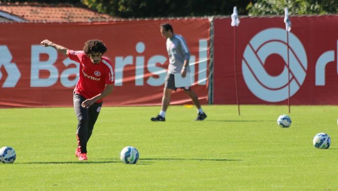 Valdívia meia Inter Internacional (Foto: Tomás Hammes / GloboEsporte.com)