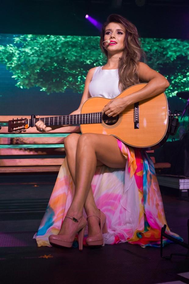 Paula Fernandes faz show em São Paulo (Foto: Marcelo Brammer/AgNews)