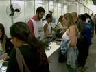 Consumidores tentam limpar nome em feirão da Serasa em São Paulo
