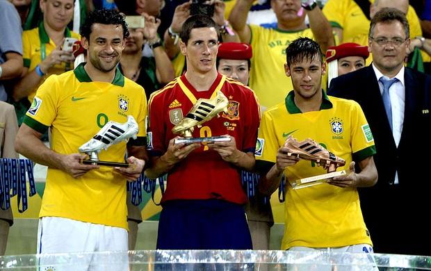 Fred fernando torres neymar troféus final da copa das confederações (Foto   André Durão   f741df0b25935
