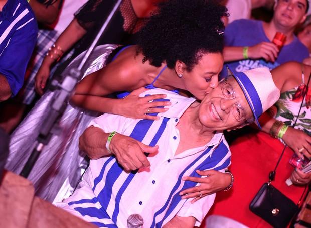 Sheron Menezzes e Monarco da Portela (Foto: Ari Kaye/Divulgação)