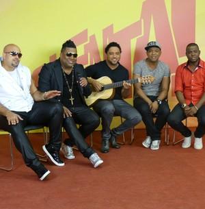 Aprenda o hit 'Só Penso no Lar' com o grupo Clareou (Esquenta! / TV Globo)