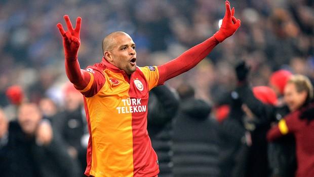 Felipe Melo comemora vitória do Galatasaray contra o Schalke (Foto: AP)