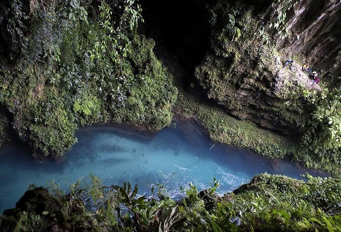 Pedro Oliva Caiaque extremo, Nova Bretanha, na Papua Nova-Guiné (Foto: Facebook)