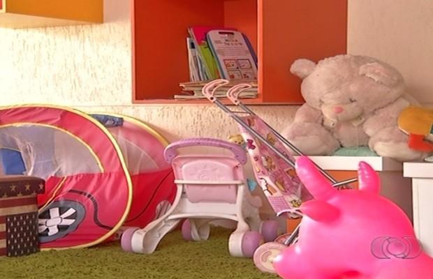 Delegaca diz que crianças serão retiradas de situação de risco, em Anápolis, Goiás (Foto: Reprodução/TV Anhanguera)