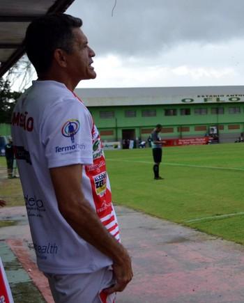 João Carlos Cavalo, técnico do Rio Branco (Foto: Nathacha Albuquerque)