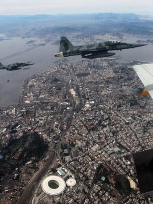 FAB fez simulação nesta quarta-feira (29) no Rio (Foto: Wilton Junior/Estadão Conteúdo)