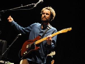 O cantor, guitarrista e compositor Rodrigo Amarante (Foto: Alexandre Durão/G1)