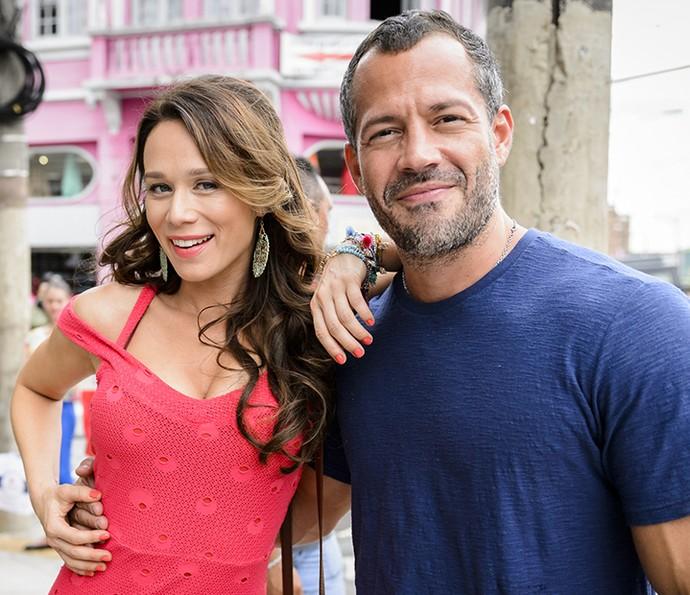 O casal Tancinha (Mariana Ximenes) e Apolo (Malvino Salvador) terão sua história embalada por músicas românticas (Foto: Ramón Vasconcelos/Globo)