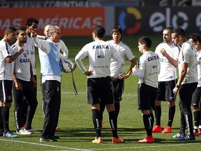 Treino do Corinthians na Arena (Foto: Agência Estado)