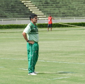 Wallace Lemos, treinador Mamoré Patos de Minas (Foto: Lucas Papel)