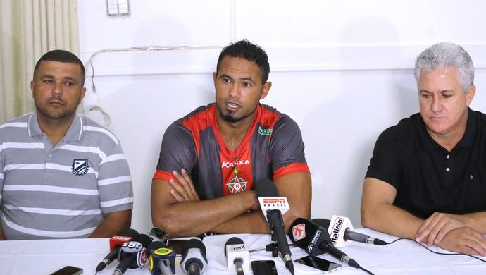 Bruno Apresentação Boa Esporte (Foto: Nelson Antoine / Estadão conteúdo  )