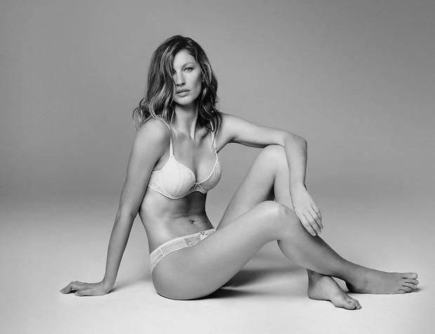 Gisele Bündchen em campanha de marca de lingerie (Foto: Reprodução/Facebook)