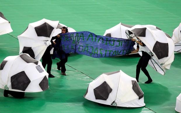 Protesto Maracanã (Foto: Agência Reuters)