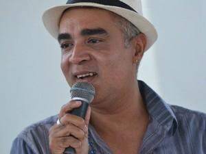 Rogério Leal Canta desde a infância (Foto: Levi Herculano/Divulgação)
