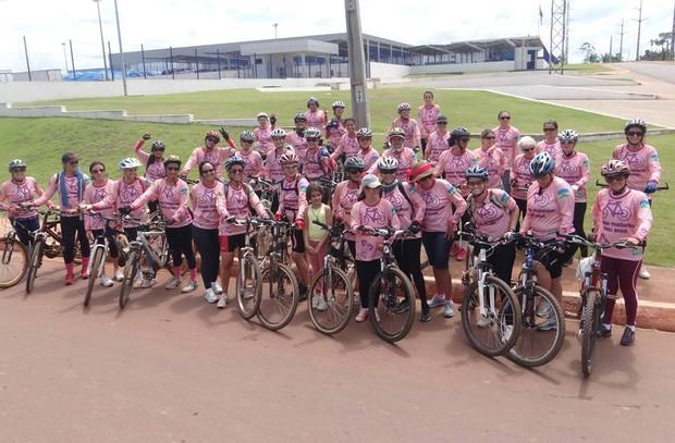 Mulheres se organizam para participar do 2º Pedal Rosa (Foto: Olita Santiago/Arquivo Pessoal)