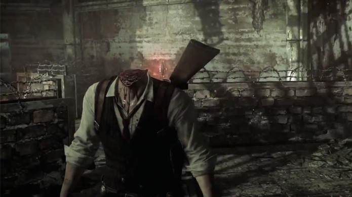 Sebastian sem cabeça continua vivo em The Evil Within (Foto: Reprodução: YouTube)