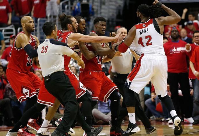 basquete nba nenê wizards e Jimmy Butler Bulls (Foto: Agência Getty Images)