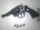 Motorista é preso suspeito de porte ilegal de arma no Vale do Anari, RO