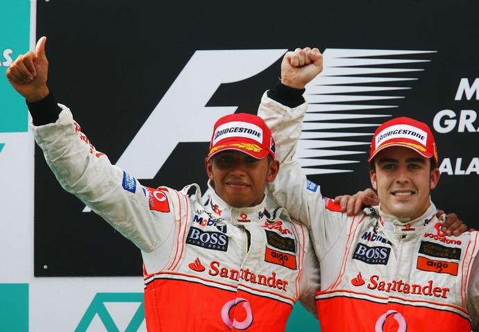 Lewis Hamilton Fernando Alonso McLaren Fórmula 1 2007 (Foto: Agência Getty Images)