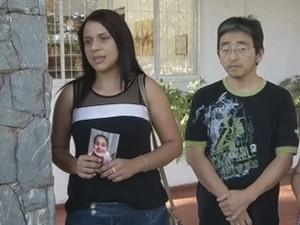 Elen e Tokio não sabiam que casal que está com crianças eram os ex-companheiros de cada um (Foto: Reprodução/TV TEM)