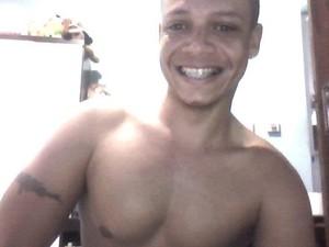 Marcos Paulo morreu após injetar silicone industrial nos braços (Foto: Arquivo pessoal)