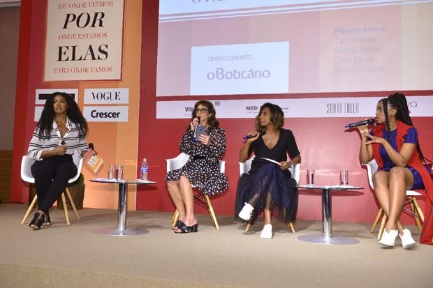 Cris Viana, Maria Ribeiro, Gloria Maria e Iza (Foto: Fabio Cordeiro)