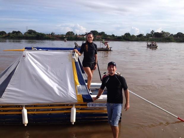 Eduardo Carvalho e Renata Maia percorreram Rio Parnaíba no Piauí durante sete dias (Foto: Eduardo Carvalho e Renata Maia/Arquivo Pessoal)