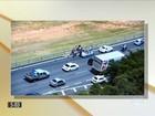 Polícia investiga racha entre carros de luxo na Rodovia dos Bandeirantes, SP