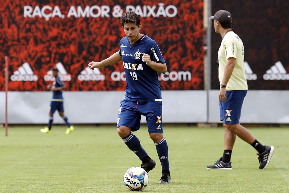 Conca trabalhando no CT do Flamengo (Foto: Gilvan de Souza/Flamengo)