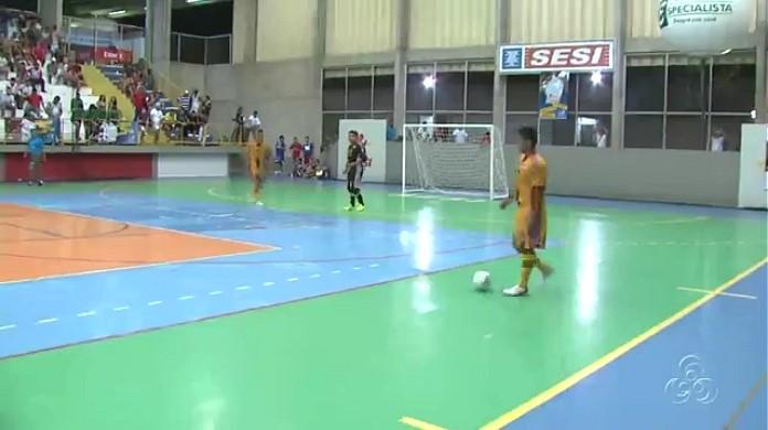 Copa TV Amazonas de futsal começou no dia 23 de abril (Foto: Amazônia TV)