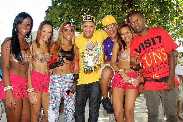 Mc Gutty e as Maravilhas também gravaram com MCs Byana e Tarapi (Foto: Jessica Leone/R&B/Divulgação)