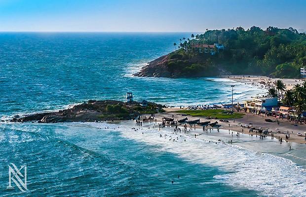A praia de Kovalam, na Índia, em clique feito na aterrisagem (Foto: Reprodução/Karim Nafani )