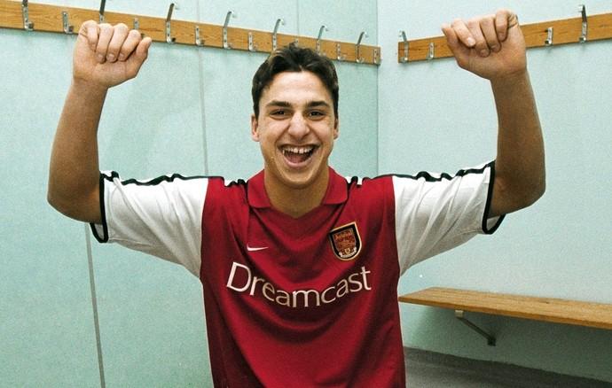 Ibrahimovic camisa Arsenal (Foto: Reprodução)