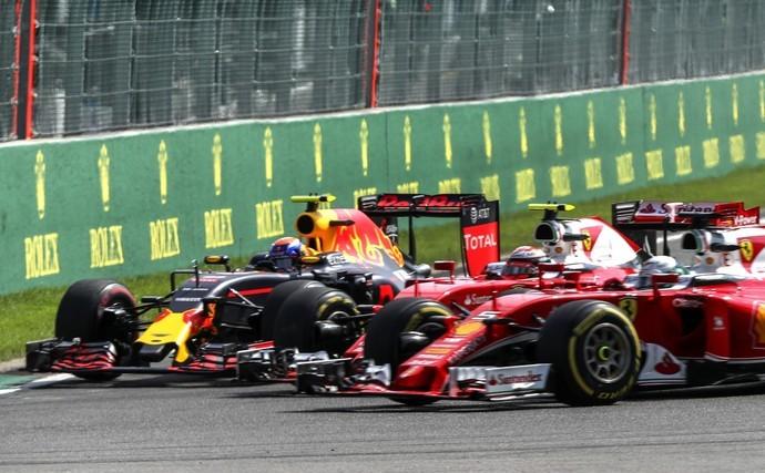 Acidente largada GP da Bélgica