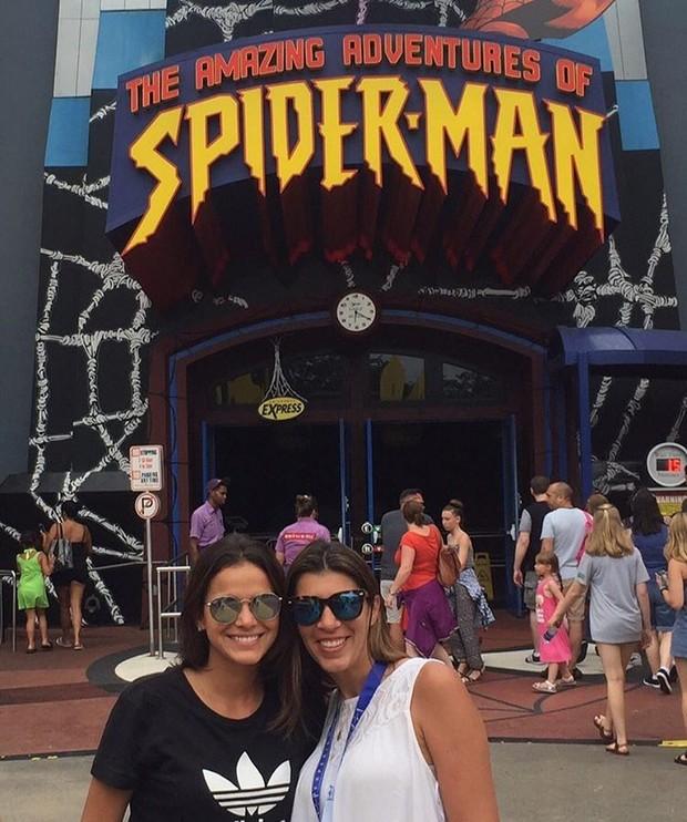 Bruna Marquezine na Universal Orlando (Foto: Reprodução / Instagram)