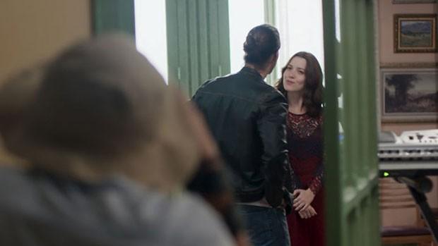 Gui e Júlia são clicados em clima de romance em 'Rock' (divulgação)