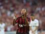 Atlético-PR derrota o Fluminense e segue invicto na Arena da Baixada