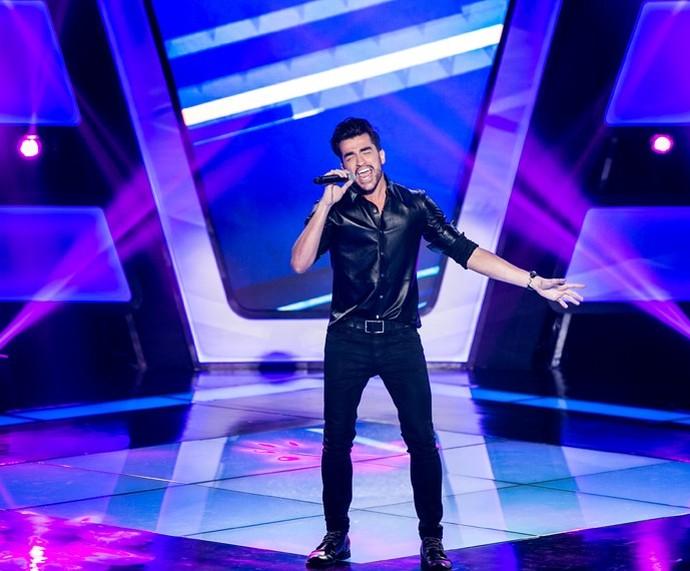 "Matteus canta 'Estou Apaixonado"" no 'The Voice Brasil'  (Foto: Isabella Pinheiro/Gshow)"
